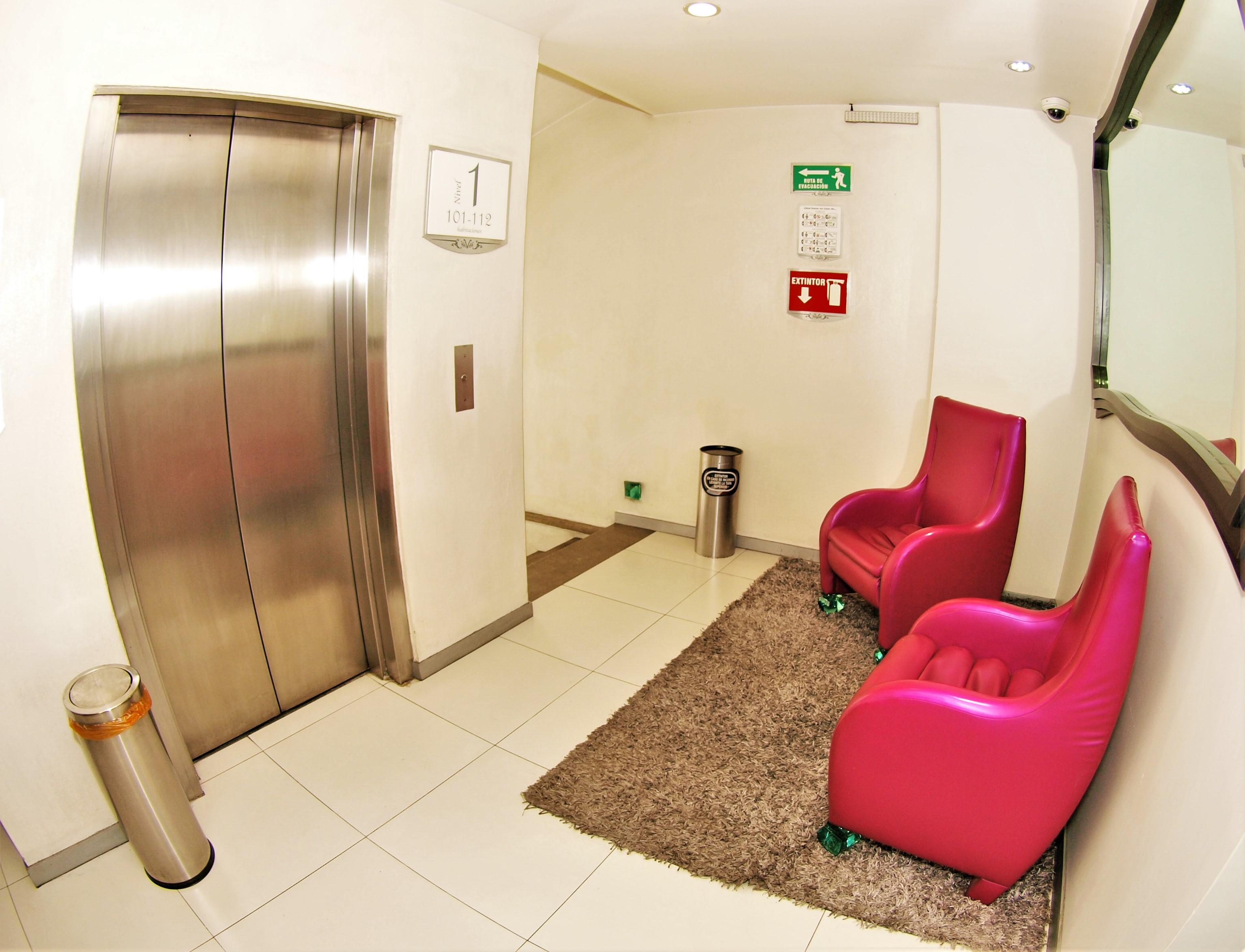 pasillo-elevador1-eukwy