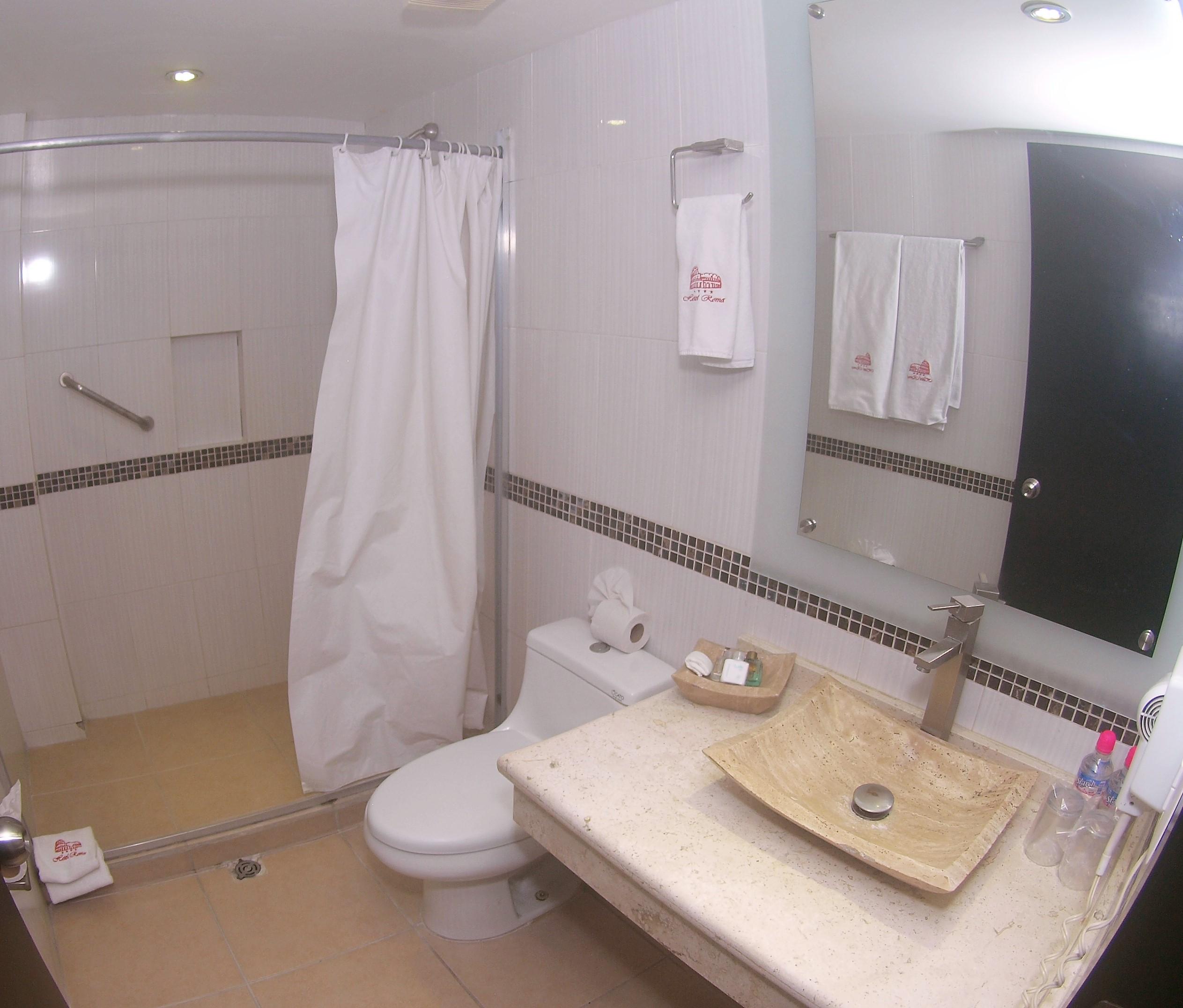 Habitación baño (matrimonial)