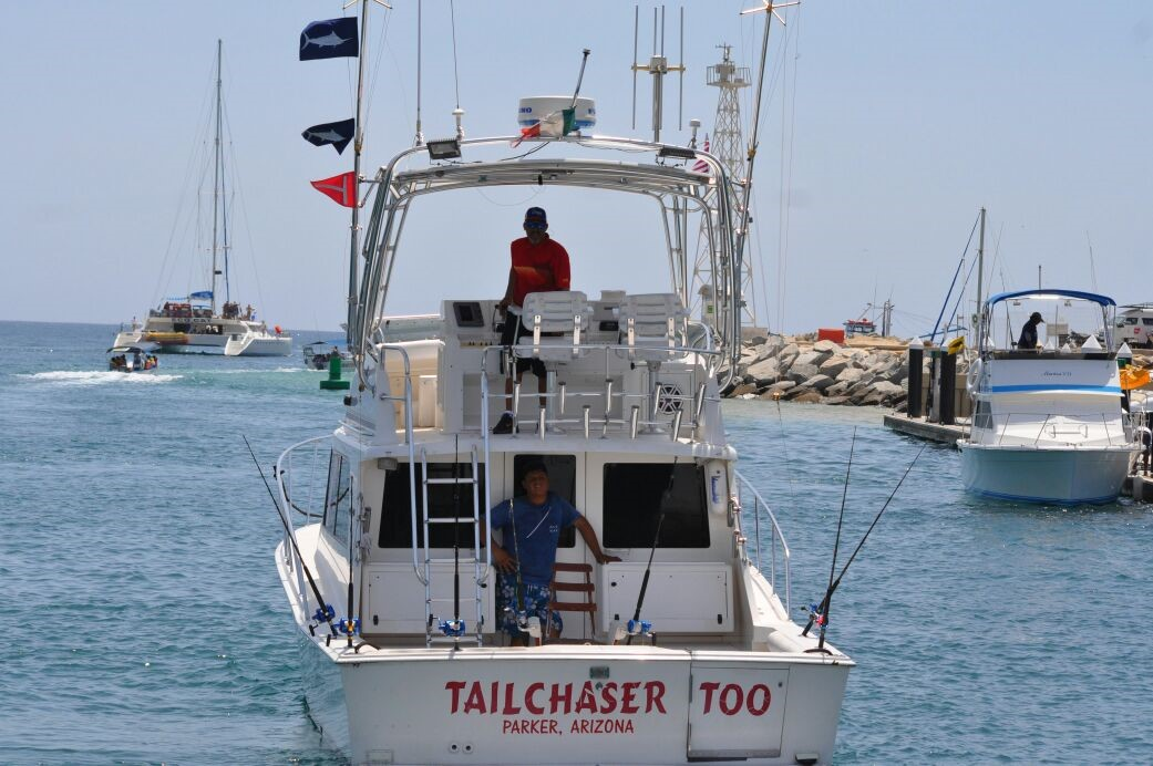 Tail Chaser 36 ft, Cabo, Up to 8 pax.